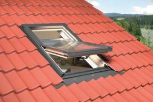 prix pose velux calculer le co t d 39 une fen tre de toit. Black Bedroom Furniture Sets. Home Design Ideas