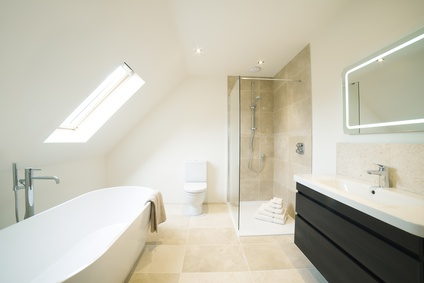 R novation salle de bain tout ce qu 39 il faut savoir for Renovation salle de bain sans fenetre