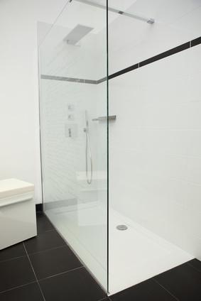 Prix de d 39 une douche italienne informations pratiques for Construction douche italienne
