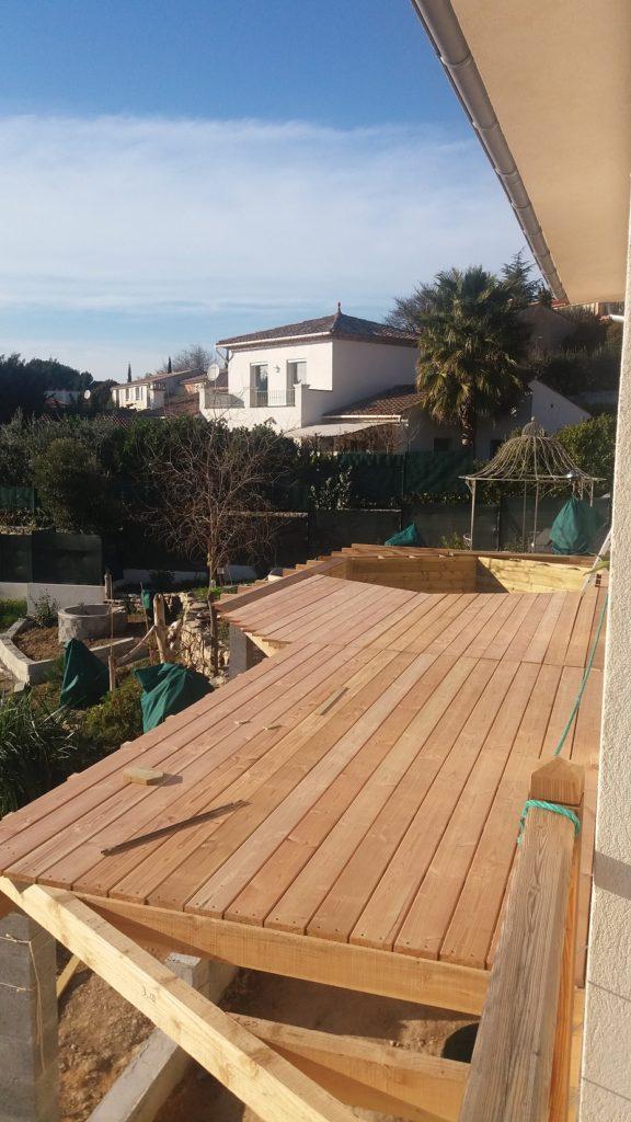 Terrasse en bois avec piscine prix photos et conseils for Piscine en bois prix
