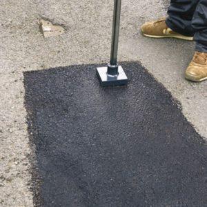 Prix de pose de l 39 enrob tarifs moyens - Temps de sechage dalle beton pour marcher dessus ...