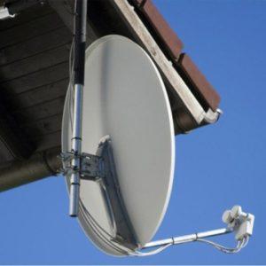Prix de pose d 39 une parabole tarifs d 39 un antenniste for Installer une antenne tv