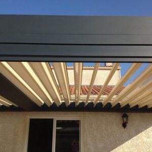 pergola bioclimatique aluminium lames orientables
