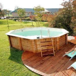 Prix piscine semi enterr e une alternative tendance for Pose piscine bois semi enterree