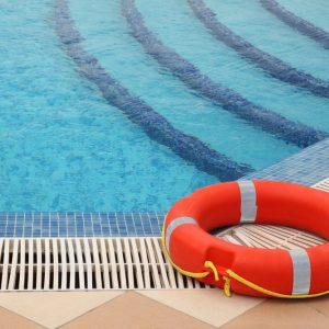 Piscine - Combien coute une piscine interieure ...