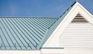 Pose toiture bac acier isolé