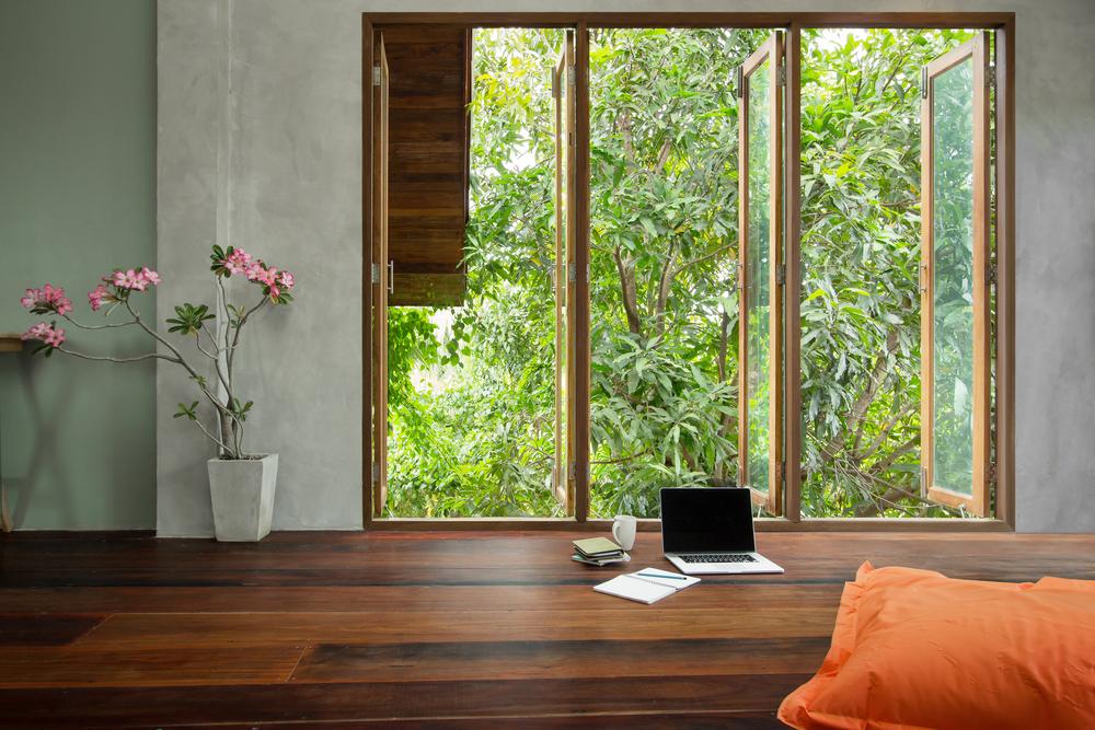 baie vitree bois exotique