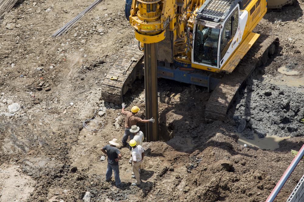 Etude géotechnique du sol par des ingénieurs