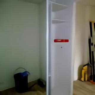 Placard espace rangement couloir