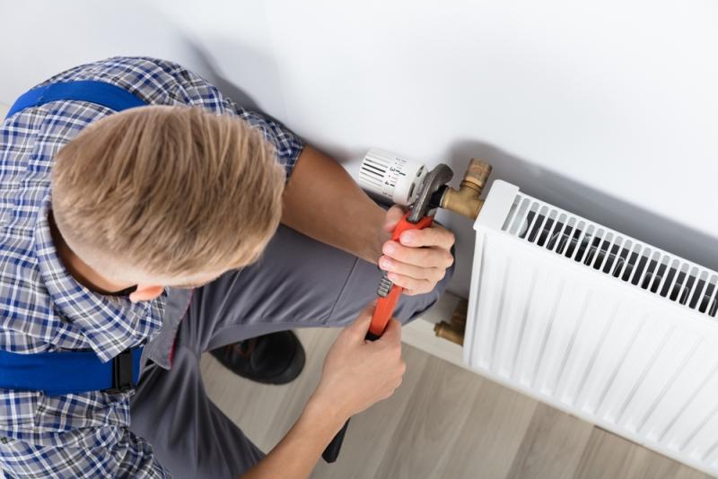 Pose d'un radiateur par un pro à Toulouse
