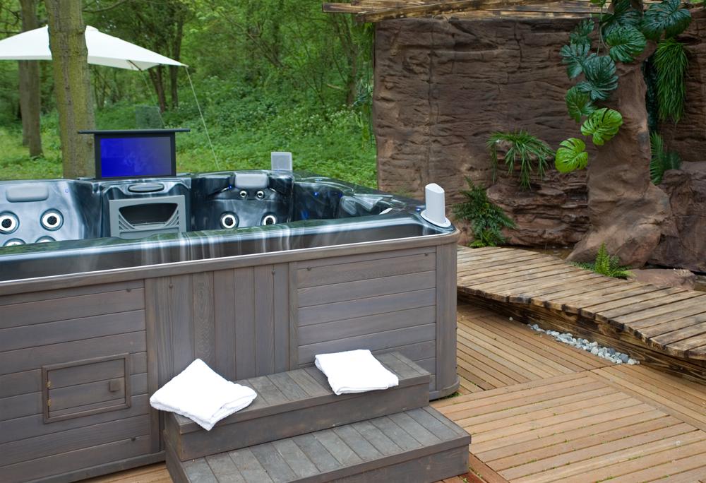 am nager un spa chez soi quel prix et quels mod les. Black Bedroom Furniture Sets. Home Design Ideas