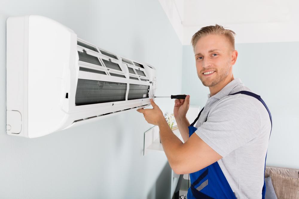 Pose d'un climatiseur par un pro