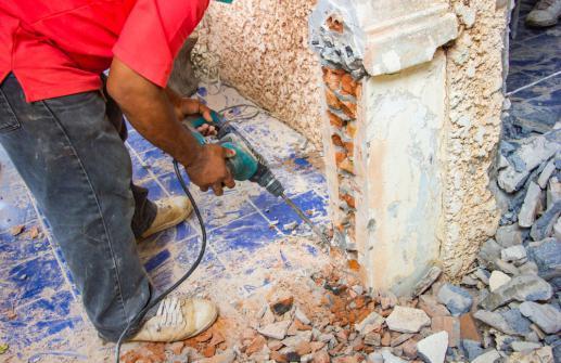 Demolition d'un mur porteur