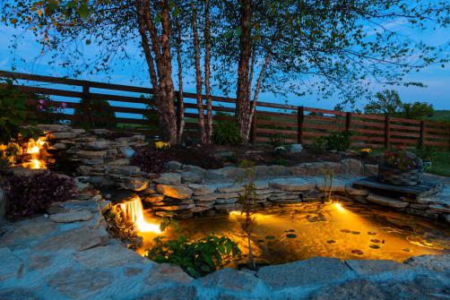 Eclairage de jardin et fontaine