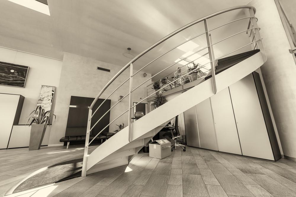 Escalier helicoidal metallique