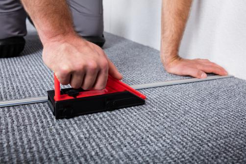 poser une moquette quel prix comment bien faire et erreurs viter. Black Bedroom Furniture Sets. Home Design Ideas