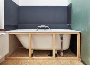 Installation d'une baignoire