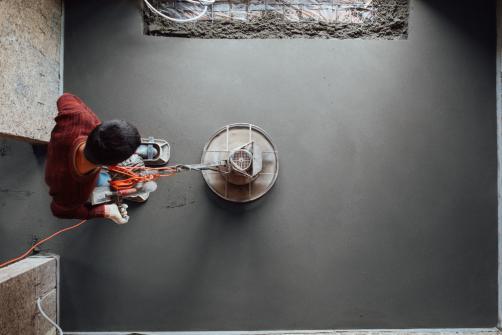 Ragreage beton par un pro