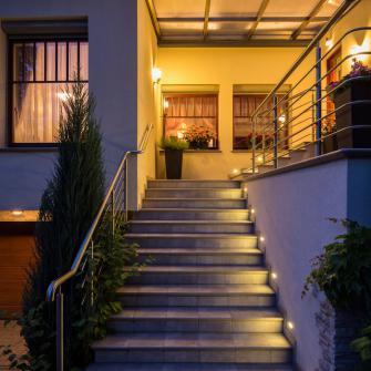 Spots encastres escalier