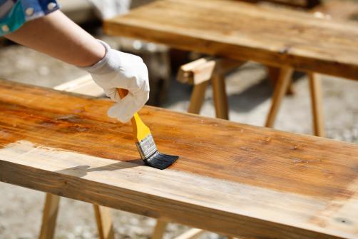 Traitement meubles contre les vrillettes