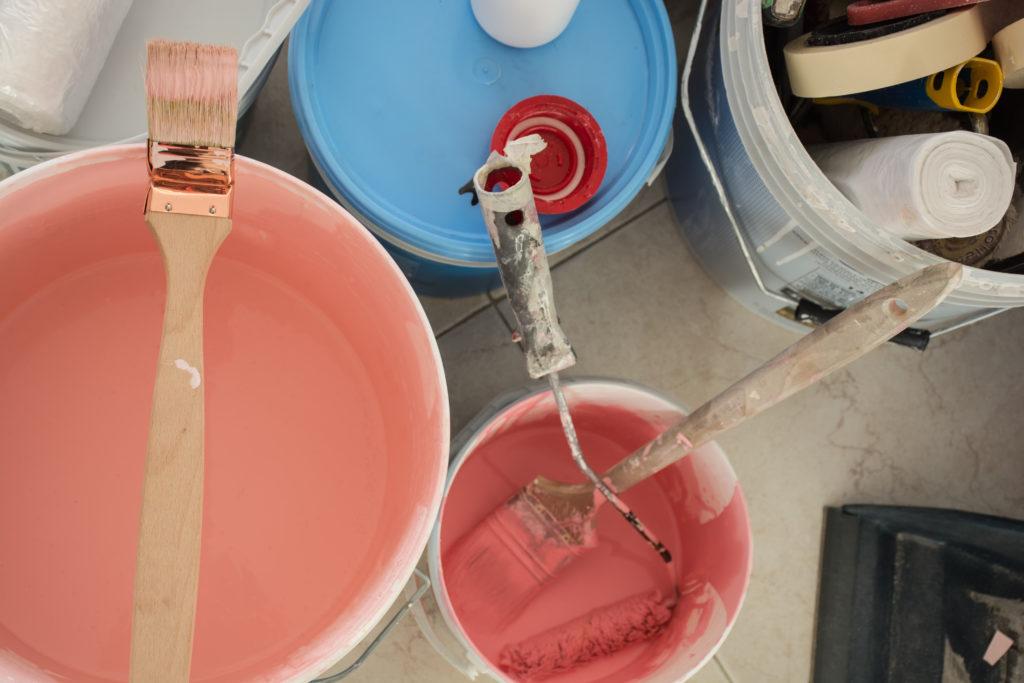 pots-peinture-différentestailles