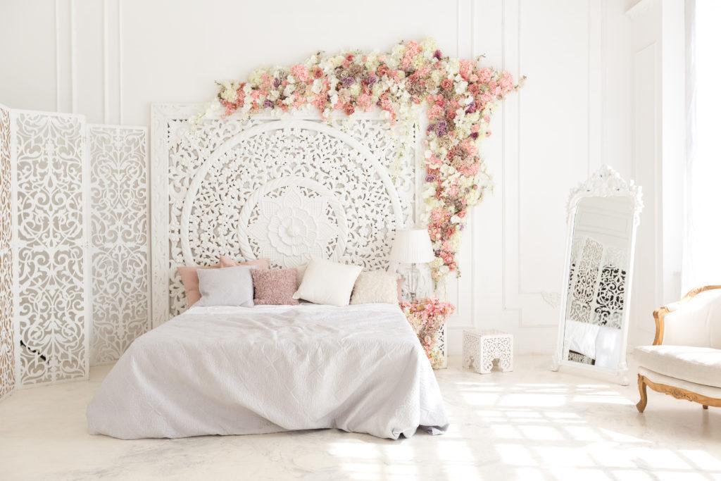 chambre-parentale-romantique-fleurie
