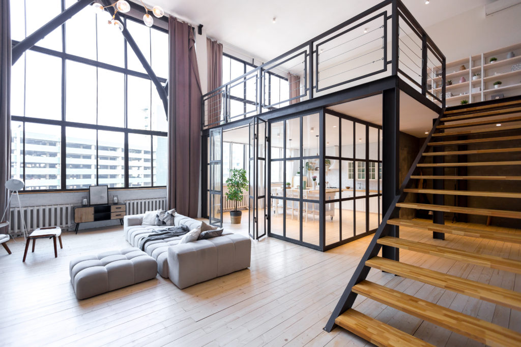 loft-industriel-séjour-verrière