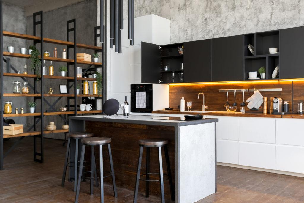 cuisine-spacieuse-loft-industriel