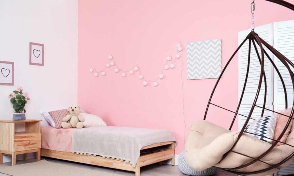 chambre-enfant-discrère-rose