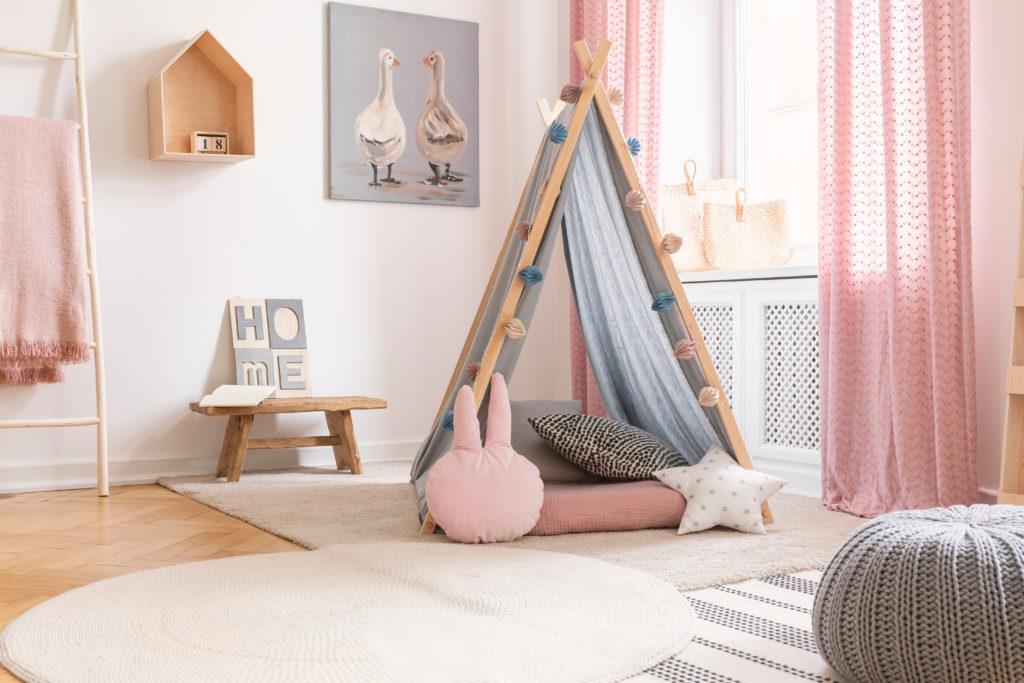 chambre-rose-tipi