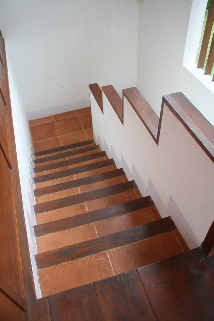 escalier-carrelage-terracotta
