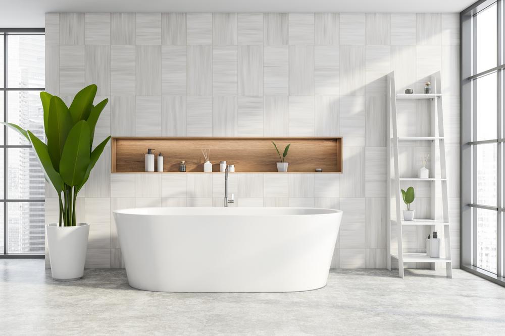 niche-salle-de-bains-derriere-baignoire