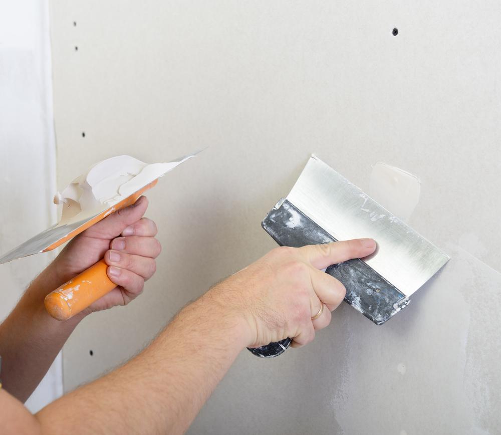 outils-pour-reboucher-le-mur