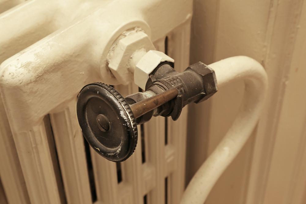 robinet-radiateur-en-fonte