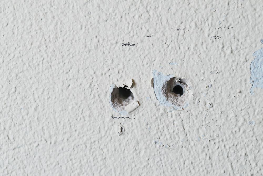 trous-dans-un-mur