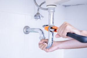 Réparation lavabo salle de bain